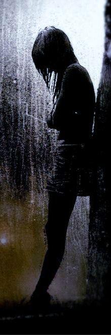 ikona girl-and-rain-dark-16337.jpg